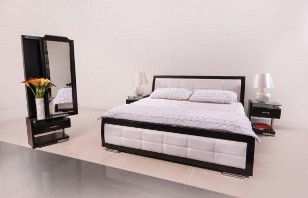 Cama-madera-con-tapizado-blanco-referencia-tiffany