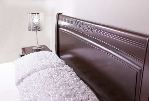 detalle-cabecero-cama-de-madera-tallada-varias-medidas-referencia-salome
